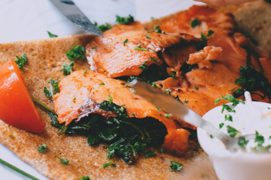 recette-crepes-salees-saumon